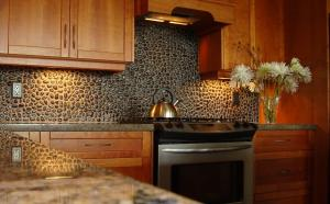 Vivid_Black_Backsplash_1